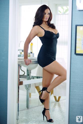 01-07 - Kendall Rayanne Little Black Dress