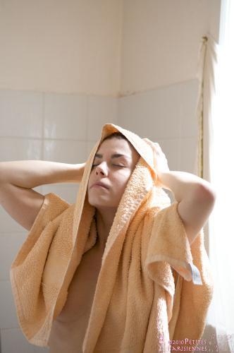 02 - Sandrine - Shower (78) 4000px