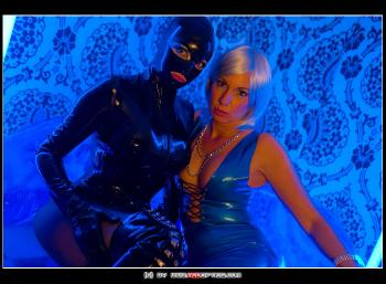 Lady Stellas Gummipuppe RedOptics.com
