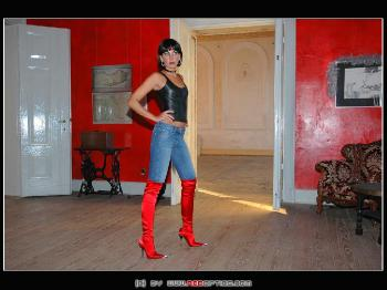 Red GML Boots in Chateau Wodrow RedOptics.com