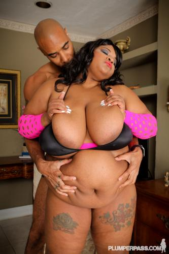 11-02-2015 - Pink Kandi - Horny Pink Pussy-2909pp PlumperPass.com