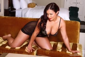 02-03 Black Sheer Lace Babydoll AriaGiovanni.com