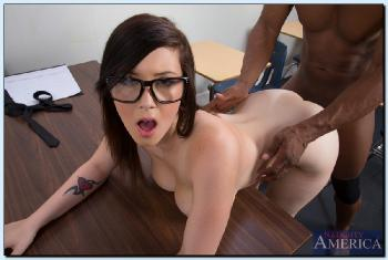 Noelle Easton - 16487 (09-07-2013)
