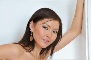 217338 - Agnes asians